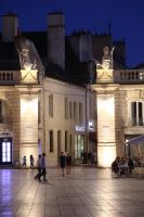 dijon-at-night-35