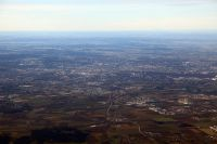Flug-ueber-Muenchen-und-Alpen-im-Winter-04-Muenchen