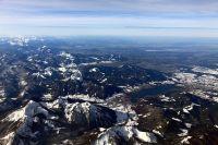 Flug-ueber-Muenchen-und-Alpen-im-Winter-14