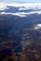 Flug-ueber-Muenchen-und-Alpen-im-Winter-27