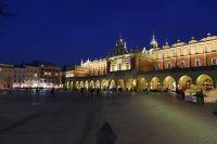 krakow-at-night-05