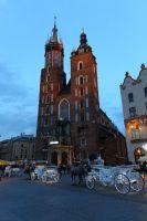 krakow-at-night-29