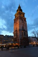 krakow-at-night-35