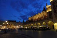 krakow-at-night-42
