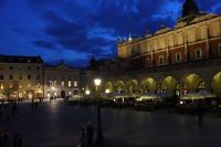 krakow-at-night-44